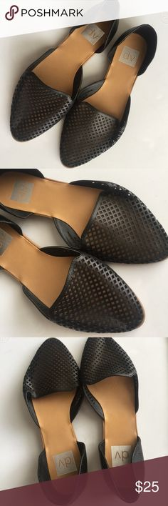 DV dolce vita women's Size S black flats Gently used DV by Dolce Vita Shoes Flats & Loafers