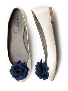 Crinkle Chiffon Flower Shoe Clip: The Dessy Group