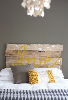 DIY Headboard! getting some inspiration. Our (my, ha) original plan was to buy a new bed but our space doesn't really allow for anything so I wanted to create our own aforable headboard... here we go!