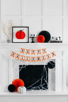 How-to-Style-a-Traditional-Halloween-Mantel.jpg (934×1400)