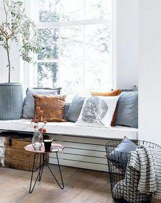 ISSUU - Bladerboekje 101 november by Home Deco / Sanoma House Design, Home And Living, Interior Design, Home Living Room, Window Seat, Home, Interior, Home Deco, Home Decor