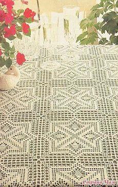 Toca do tricot e crochet Crochet Squares, Crochet Motif, Irish Crochet, Knit Crochet, Crochet Table Runner, Crochet Tablecloth, Doily Patterns, Crochet Patterns, Crochet Dollies