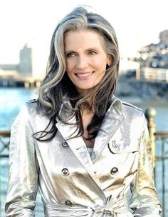 silver coat, silver hair