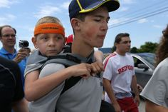 Teen finishes 40-mile cerebral palsy awareness trek to U-M with brother on his back | MLive.com