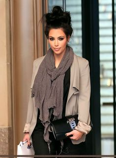 messy top knot bun, blazer, loose scarf with flawless makeup. She looks so laid back and gorgeous! <3
