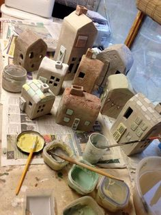 decorating ceramic houses (plus other ideas) - Charlotte Hupfield Ceramics Clay Houses, Ceramic Houses, Ceramic Clay, Ceramic Pottery, Miniature Houses, Ceramics Projects, Clay Projects, Clay Crafts, Home Crafts