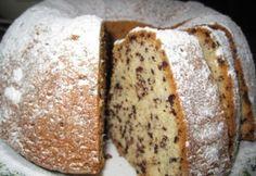 Joghurtos kuglóf csokidarával Hungarian Desserts, Hungarian Recipes, Baking Recipes, Cake Recipes, Dessert Recipes, Easy Cake Decorating, Decorating Ideas, Creative Cakes, Cakes And More