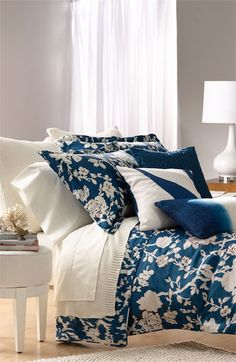 loving this blue + white palette! Gorgeous floral print too!