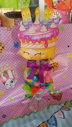 Shopkin Birthday party centerpiece