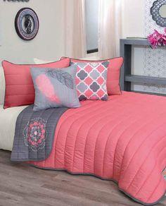 Bed Cover Design, Bed Design, Bedroom Decor For Couples, Girls Bedroom, Versace Bedding, Bed Wrap, Designer Bed Sheets, Dreams Beds, Coastal Bedrooms