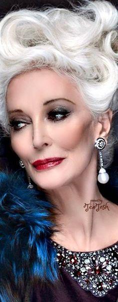 ❇Téa Tosh❇ Carmen Dell'Orefice Carmen Dell'orefice, Beautiful Old Woman, Beautiful Models, Beautiful People, Francesco Scavullo, 50 Y Fabuloso, Yasmina Rossi, Richard Avedon, Glamour Photo