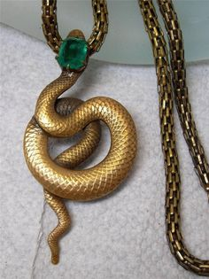 Vintage JOSEFF OF HOLLYWOOD Green JEWELED Snake Serpent Pendant Necklace