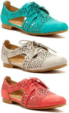 Laser Cut Oxfords ♥