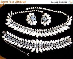 ON SALE Vintage Necklace Bracelet & Earring by JanesVintageJewels