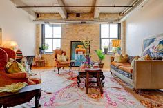 See this home on @Redfin! 239 E Chicago St #210, Milwaukee, WI 53202 (MLS # 1707981) #FoundOnRedfin Restoration Hardware Outlet, New Homes, Real Estate Services, Condo, Redfin, Home, Property, Area Rug Placement, Home Decor