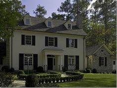One of my favorite homes in Buckhead (Atlanta). Stan Dixon is such a gifted architect and a master at colors.