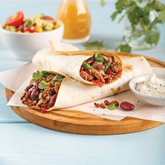 Burritos au boeuf haché - 5 ingredients 15 minutes Steak Tacos, Batch Cooking, Latin Food, Fajitas, Gourmet Recipes, Sandwiches, Easy Meals, Food And Drink, Lunch