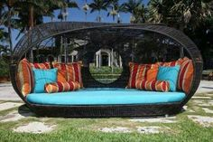 Super cozy outdoor lounge