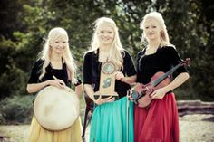 The Gothard Sisters with their award for the Best New Irish Artists 2014. I am rather overjoyed that they received it! http://gothardsisters.weebly.com/