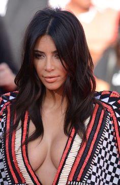 Kim Kardashian Boobs Brest Enlargement | MTV VMAs 2014 Best Moments Highlights | Belvedere Clinic Cosmetic
