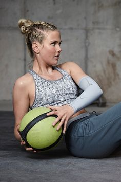Train this winter with champion #snowboarder Silje Norendal.