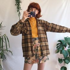 Perfect vintage checked zip up jacket, in thick cosy fuzzy flannel material. Ideal autumn jacket with a chunky zip fastening down the front. Fashion Moda, Cute Fashion, Retro Fashion, Vintage Fashion, Cute Casual Outfits, Retro Outfits, Vintage Outfits, Aesthetic Fashion, Aesthetic Clothes