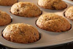 Banana Bread Muffins The JELL-O Pudding adds extra moistness to these delicious muffins! Banana Bread Muffins, Muffin Bread, Squash Muffins, Carrot Muffins, Cranberry Muffins, Kraft Recipes, Banana Recipes, Muffin Recipes, No Bake Desserts