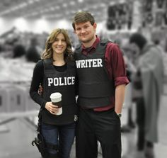 Cosplay - DCC 2014 - Kate Beckett and Richard Castle on NerdFu  http://thenerdfu.com/social-gallery/cosplay-dcc-2014-kate-beckett-and-richard-castle
