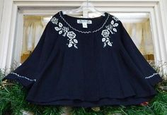 Tiara Floral Embroidered Swing Babydoll Sweater XL Navy White