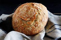 Damy's Kitchen: Yoğrulmayan Kolay Ekmek / No-Knead Bread One Pot Chicken, No Knead Bread, Dessert Table, Bread Recipes, Healthy Lifestyle, Deserts, Food And Drink, Homemade, Eat