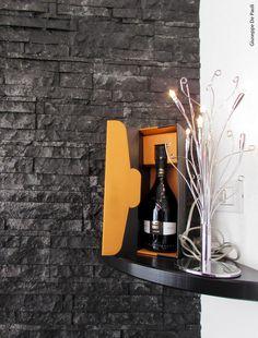 Rivestimento parete in finta pietra presso Lounge Blanc&Rouge - Cornuda (TV)