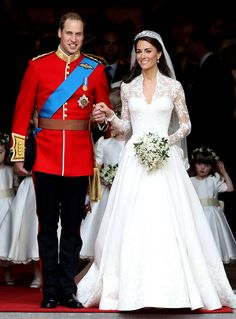 Catherine Middleton's Long Sleeve Wedding Dress