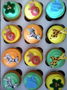 Jungle-themed birthday cupcakes by Grace & Shelly's