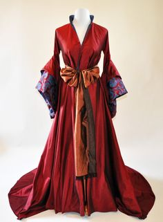 Costume designed by Sandy Powell for Natalie Portman in The Other Bolyen Girl (2008)