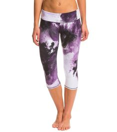 Alo Printed Airbrushed Capri Yoga Capris, Yoga Leggings, Ultimate Workout, 4 Way Stretch Fabric, Leggings Fashion, Workout Pants, Capsule Wardrobe, High Fashion, Flexibility