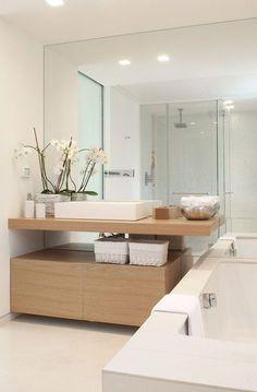 Scandinavian Bathroom Interior Design space isn't a dream! White Interior Design, Bathroom Interior Design, Modern Interior, Bathroom Designs, Bathroom Ideas, Modern Luxury, Bathroom Pictures, Bathroom Inspo, Wall Pictures