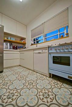 Kitchen - see floor
