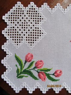 This Pin was discovered by ele Hardanger Embroidery, Learn Embroidery, Ribbon Embroidery, Cross Stitch Embroidery, Embroidery Patterns, Cross Stitch Designs, Cross Stitch Patterns, Cross Stitches, Bookmark Craft