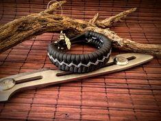 Handmade Paracord Bracelet, color black and graphite. Paracord Keychain, 550 Paracord, Paracord Bracelets, Survival Bracelets, American Made, Graphite, Edc, Color Black, Etsy Shop