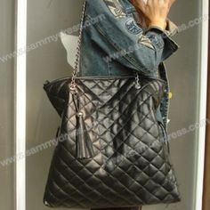 Casual Women's Shoulder Bag With Solid Color Chain Tassels Checked Design (BLACK) $9.33