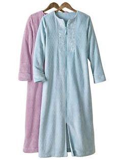 Stay warm all winter long in a Fleece Robe   Normthompson.com #Robe #Comfort #Sleepwear