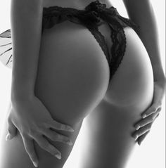 Black And White Style, Top Photo, Athletic Wear, Bikinis, Swimwear, Active Wear, Thong Bikini, Bra, Bikini