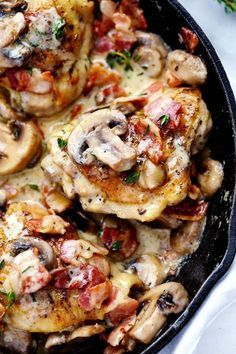 Creamy Bacon Mushroom Thyme Chicken | The Recipe Critic