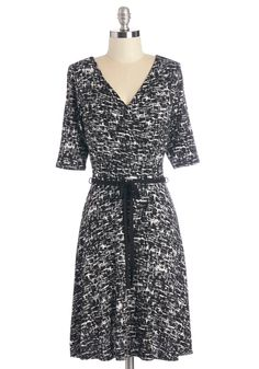 Thatch Thing You Do Dress. You've definitely got it when you don this dynamic printed dress!  #modcloth