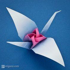 All kinds of origami stuff! ~ http://goorigami.com/single-sheet-origami/origami-tsuru-rose/2489