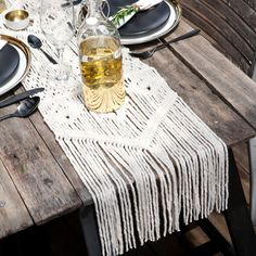 Bohemian Boho Wedding Decoration / Holiday table setting / Macrame Chair Cover Table Runner Cloth / Deco Styling Ideas / Lekker Project!