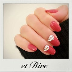etRire☆framboise RED× crystal ◆ネイルサロンエリール◆ ご予約☎︎03-3470-1184 HP:http://www.etrire.jp  #nail #nails #nailart #etrire #makifujiwara#naildesign#nailsalon#manicurist#beauty#fashion#framboise#red#etrirenail#ネイルケア#ジェル#ジェルネイル#ネイル#ネイルデザイン#ネイルアート#エリール#大人ネイル#おしゃれネイル#表参道 #表参道ネイル#表参道ネイルサロン#大人ネイルサロン#フランボワーズ#クリスタル#大人のクリスマスネイル♡