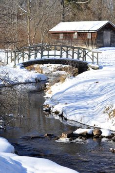 Gorgeous Michigan winter scene photos