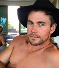 Chris Hemsworth: most beautiful man on earth.