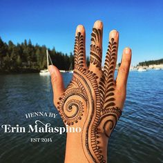Another #henna #design from this past weekend. #swirls ! - #heena #hennapro #hennainspire #mehndi ...